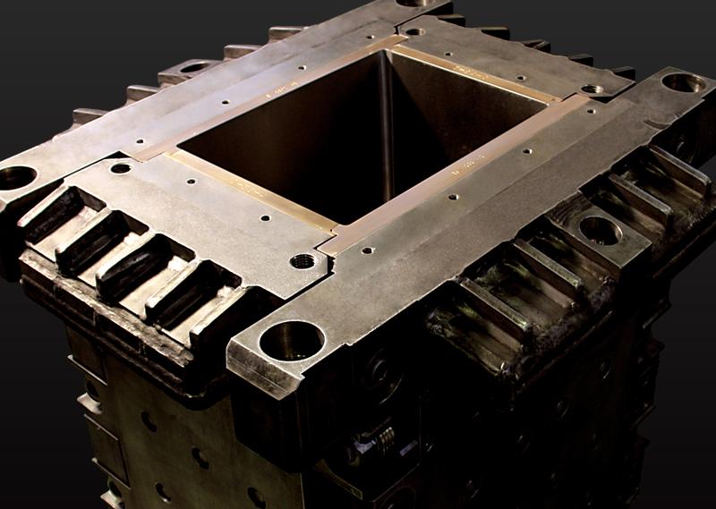 製鉄用連続鋳造モールド